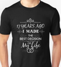 Funny 17th Wedding Anniversary Shirts For Couples. Funny Wedding Anniversary Gifts Unisex T-Shirt