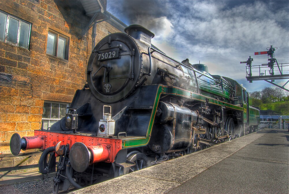 Steam train by WhartonWizard