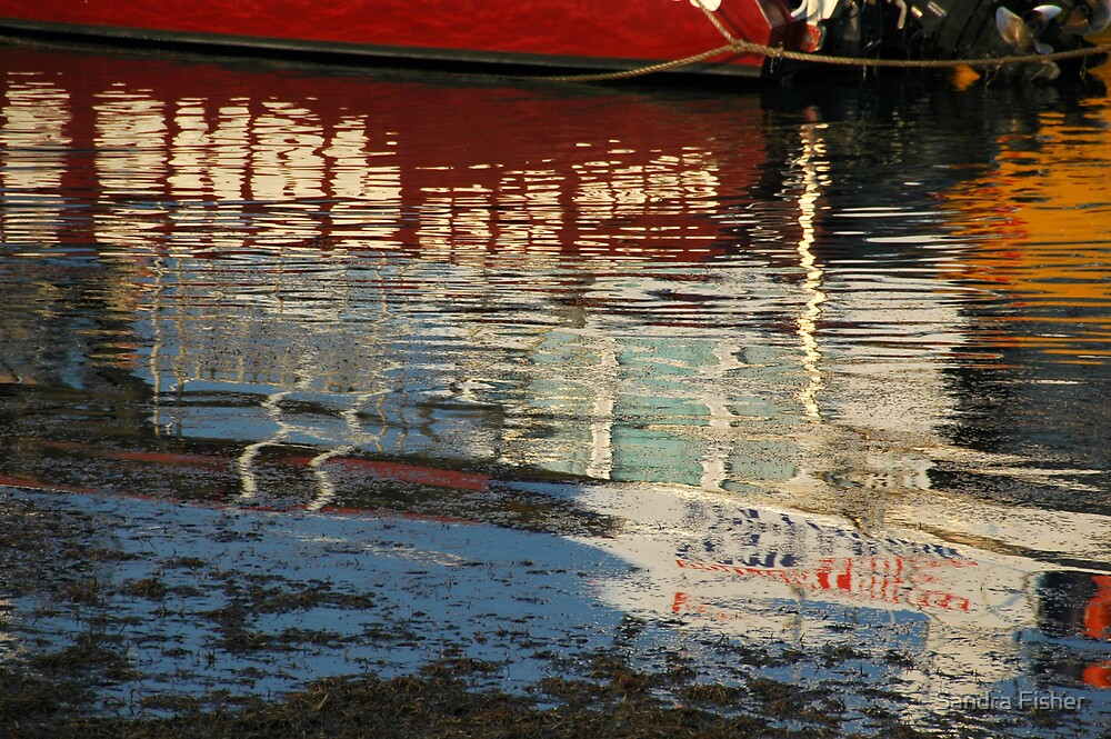 Batemans Bay Reflections. by S Fisher