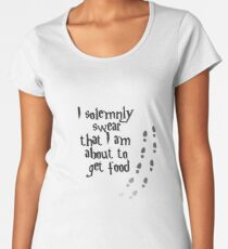 I solemnly swear that I am about to get food Women's Premium T-Shirt