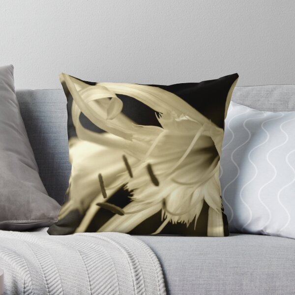 Peruvian Daffodil Throw Pillow
