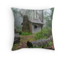 keppel hut Throw Pillow