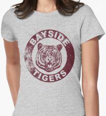 Bayside Tigers (Maskottchen Emblem - Distressed) Tailliertes T-Shirt für Frauen