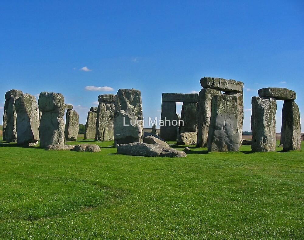 Stonehenge by Luci Mahon