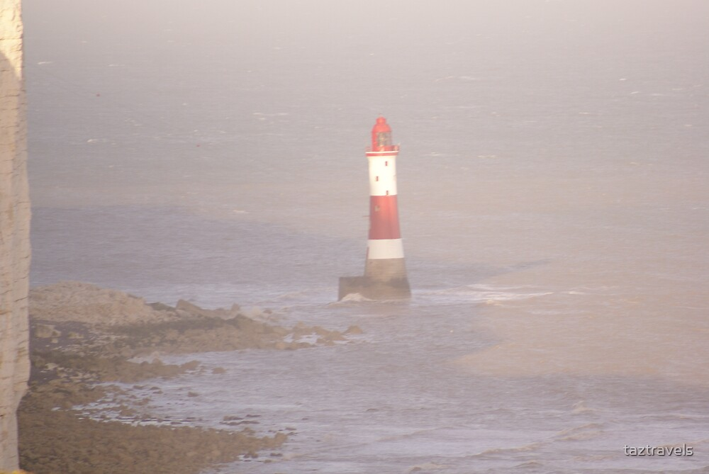 Lighthouse - Shoreham By Sea by taztravels