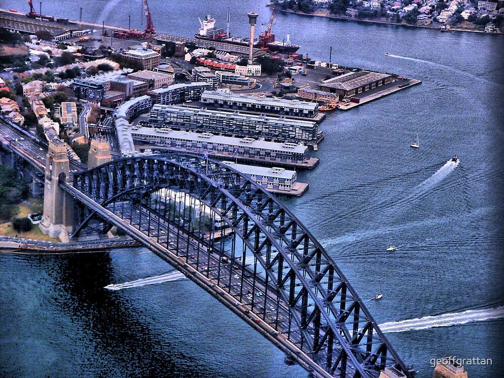Sydney Harbour Bridge by geoffgrattan