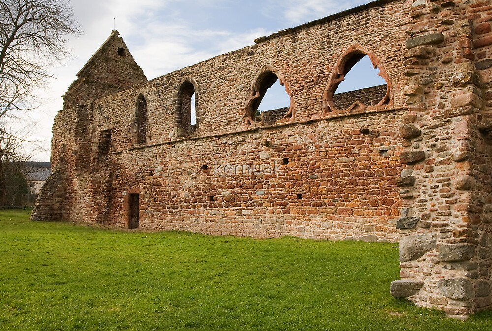 Beauly Priory by kernuak