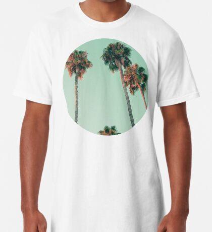 Palmen bei Sonnenuntergang Longshirt