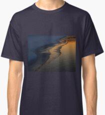 Freezing Over (6042) Classic T-Shirt