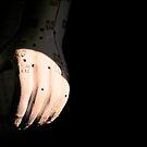 Hand by bouche