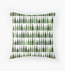 Seamless pattern wine bottles Throw Pillow