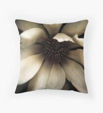 Magnolia - #01 Throw Pillow