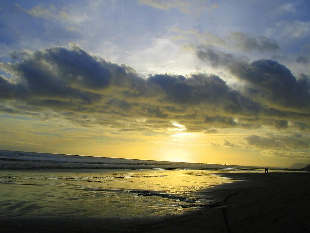 Baylys Beach - Dargaville by Gazz