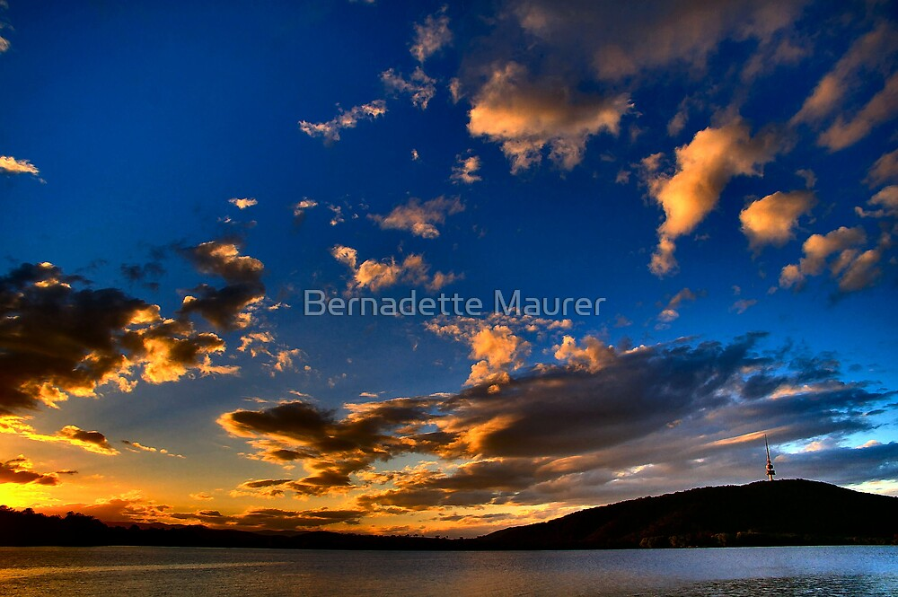 Sunset over Lake Burley Griffin by Bernadette Maurer