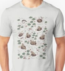 Coracle race - mice in lilies T-Shirt