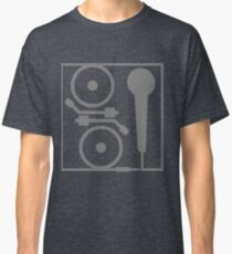 2 turntables and a microphone Classic T-Shirt