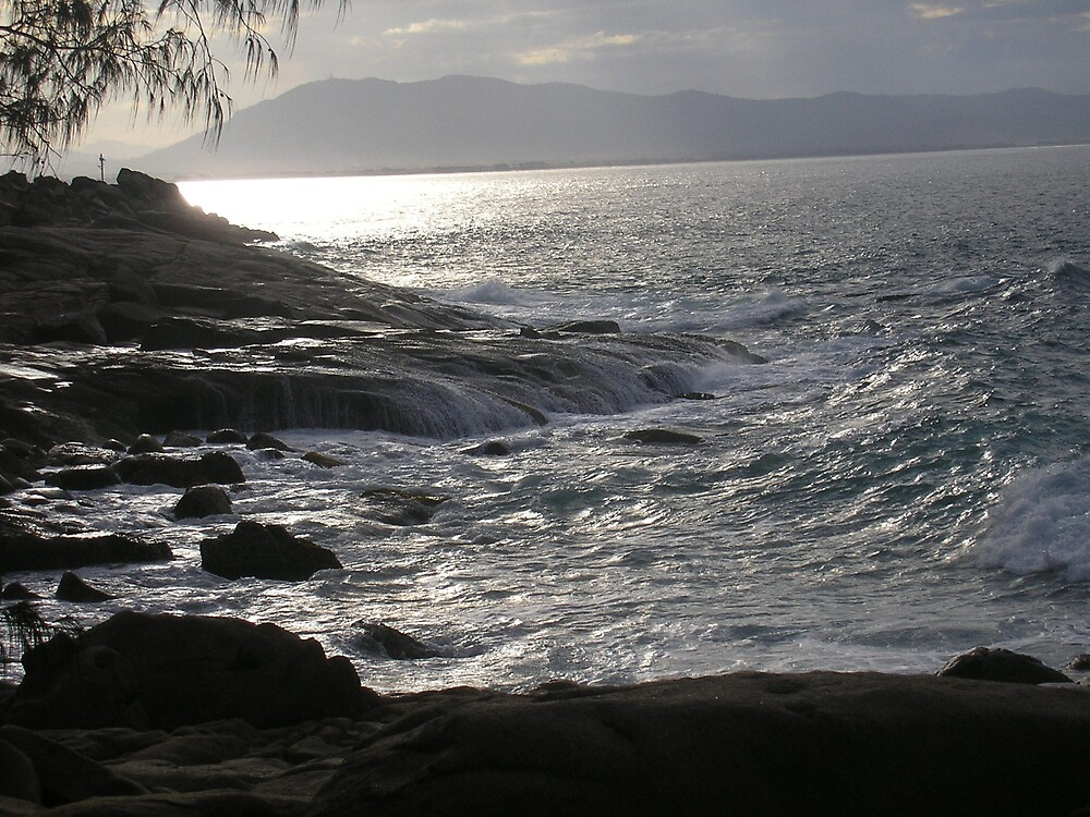 Laggar's Point with wave rolling in by Gracie Townsend