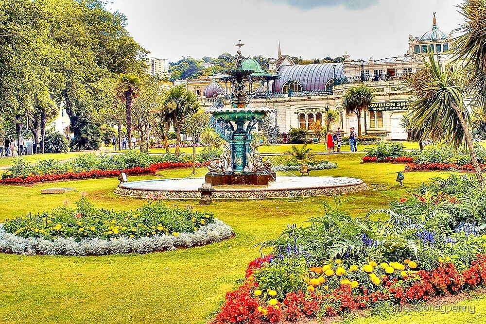 Torquay Pavilion Gardens by missmoneypenny
