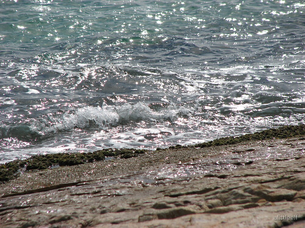 Water Moss by alittleelf