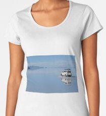 Car on water - Salar Uyuni Women's Premium T-Shirt