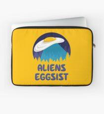 Aliens Eggsist Laptop Sleeve