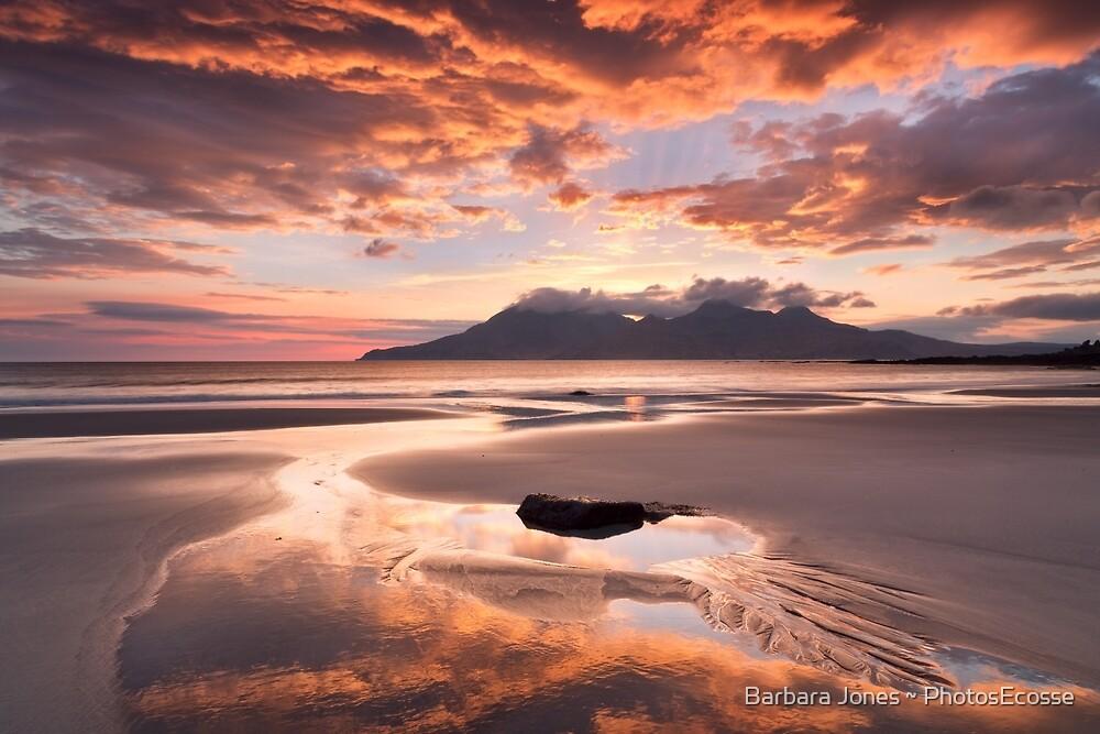 Isle of Eigg. Singing Sands Sunset. Highlands and Islands. Scotland. by Barbara  Jones ~ PhotosEcosse