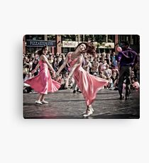 Urban moves Canvas Print