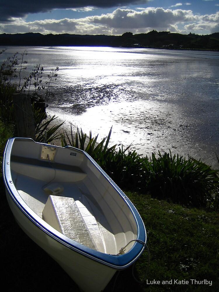 Small boat at Whananaki by Luke and Katie Thurlby