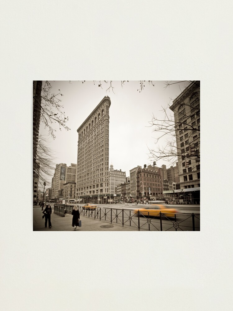 Alternate view of Flat Iron Building Photographic Print