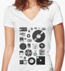 Data Women's Fitted V-Neck T-Shirt