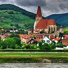 Kirche in Weißenkirchen by Tom Gomez