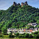 Schloss Schönburg by Tom Gomez