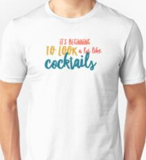 Its beginning to look a lot like Cocktails.... T-Shirt