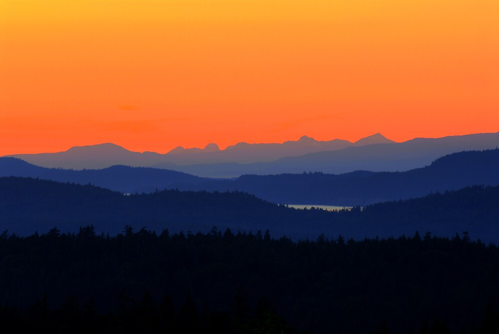 Saltspring Sunset by Russ Beinder