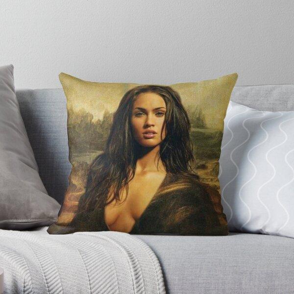 Megan Fox / Mona Lisa Coussin