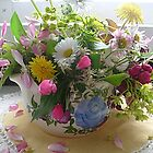 Frühlingsblumenstrauß von Ana Belaj