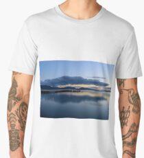 San Feliciano after sunset, Lago Trasimeno, Umbria, Italy Men's Premium T-Shirt