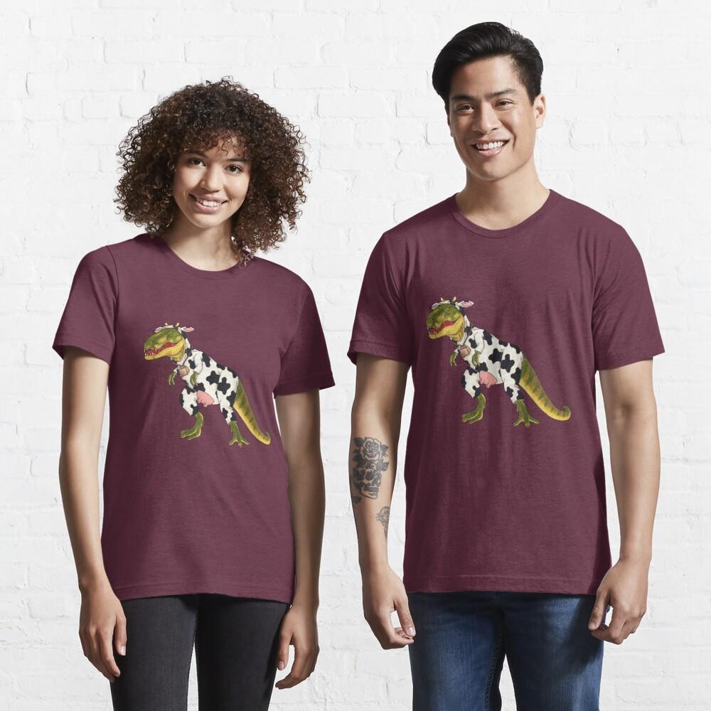 Don't Moo! She Can't See Us If We Don't Moo. Essential T-Shirt