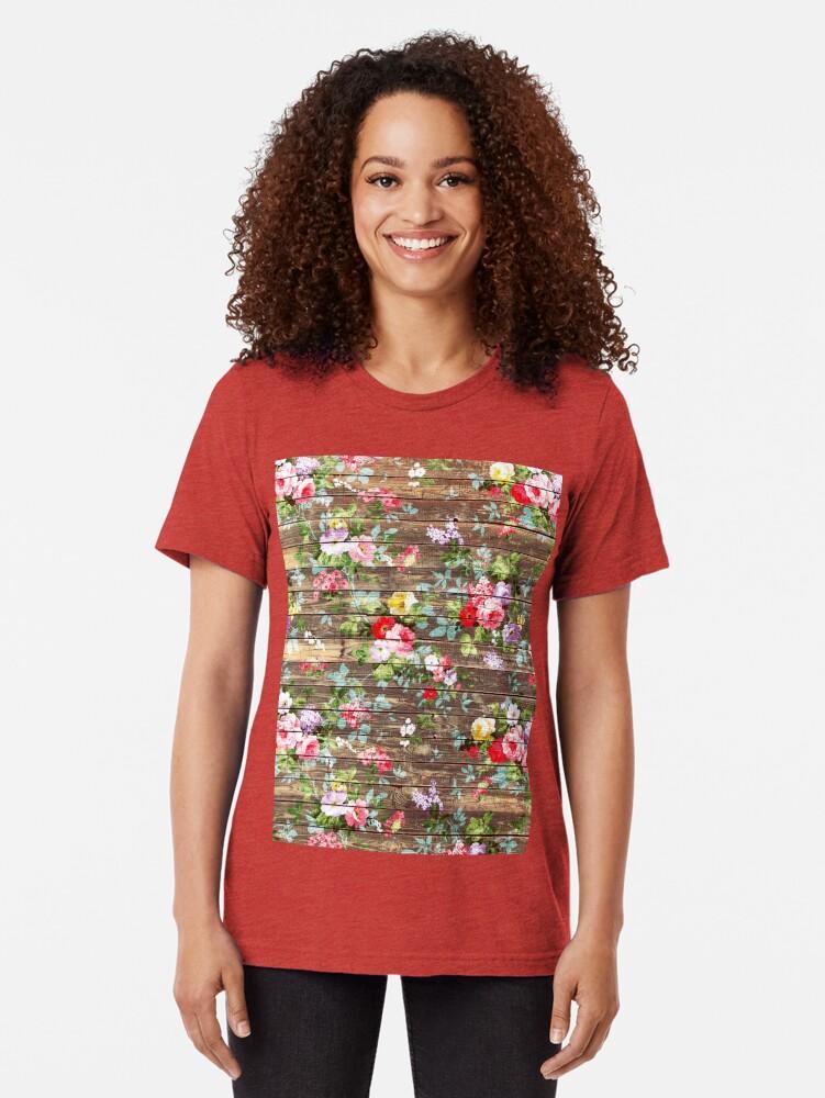 Alternative Ansicht von Blumen-rustikales braunes Holz der eleganten rosa Rosen Vintage T-Shirt