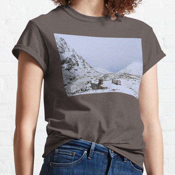 mountain air Classic T-Shirt