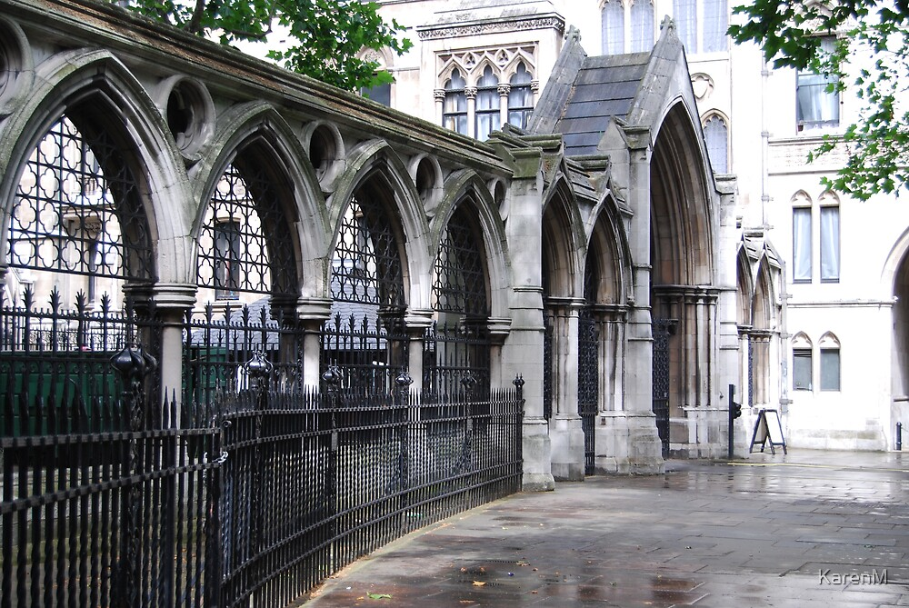 Royal Courts of Justice by KarenM