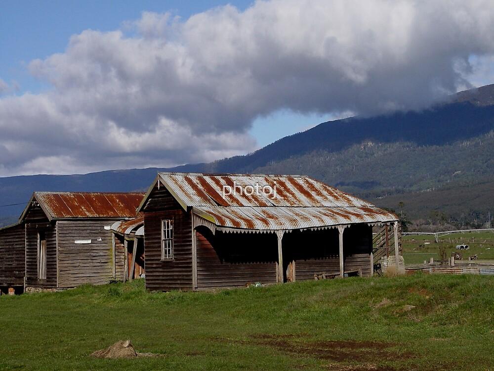photoj Tasmania Country Homestead by photoj