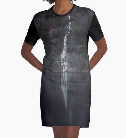 Wasserfall (Das Unbekannte) T-Shirt Kleid