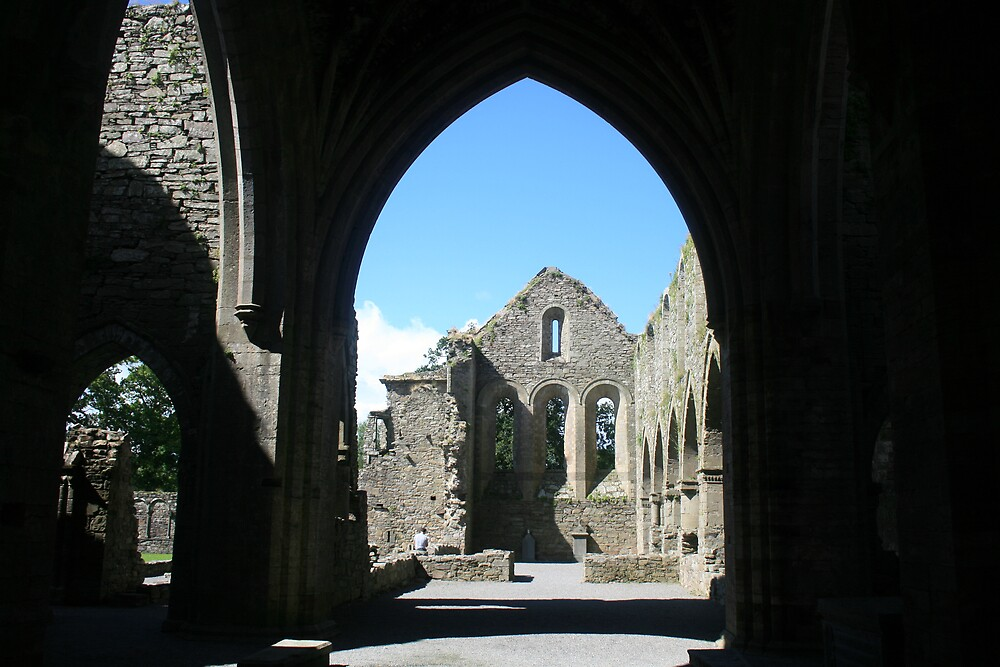 Jerpoint abbey arch view by John Quinn