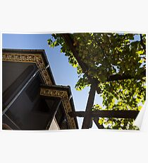 Summer Courtyard - Decorated Eaves and Grape Arbors in the Sunshine Poster