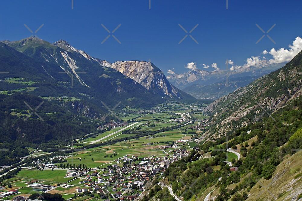Rhone Valley, Switzerland by poupoune