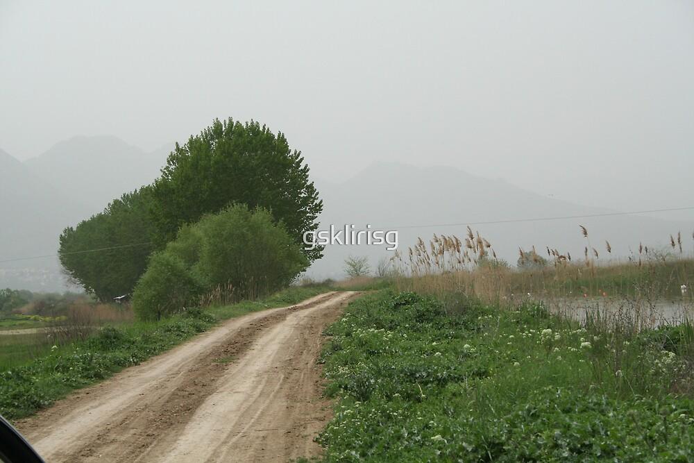 old road by gsklirisg