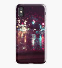 Traffic Light_Rainy Night iPhone Case