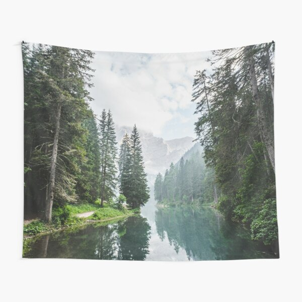 Live the Adventure - Lago Di Braies X Tapestry