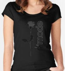 Mode Rose Black Women's Fitted Scoop T-Shirt